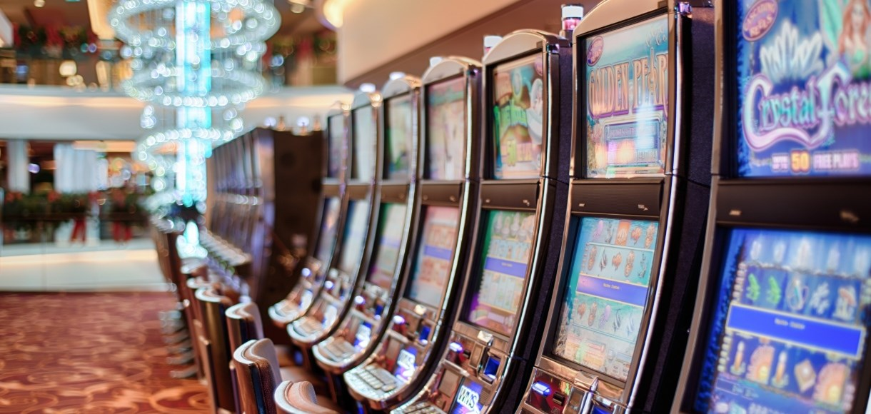 things to consider while choosing a slot website